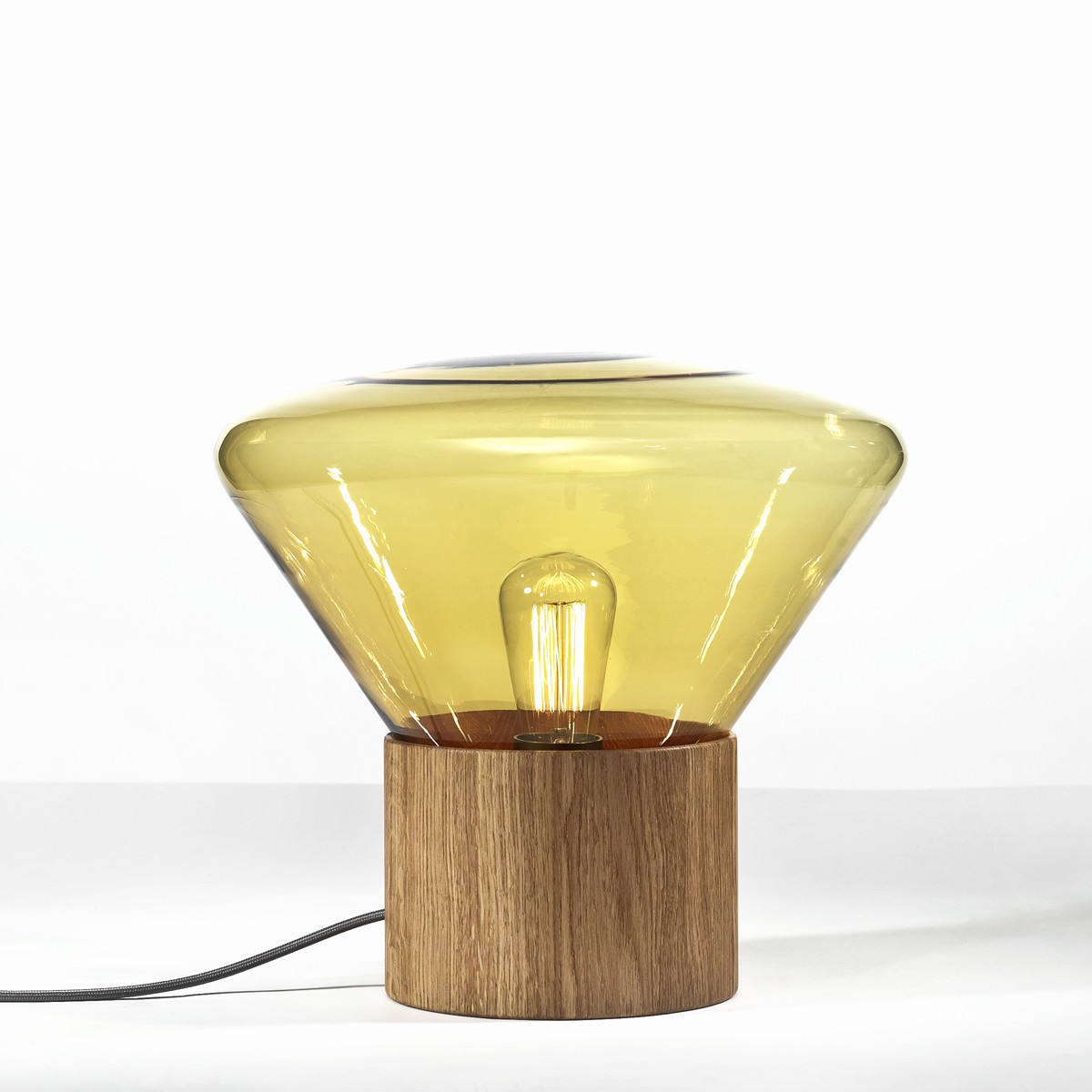 brokis muffins tisch und bodenleuchte 26 cm casa de. Black Bedroom Furniture Sets. Home Design Ideas