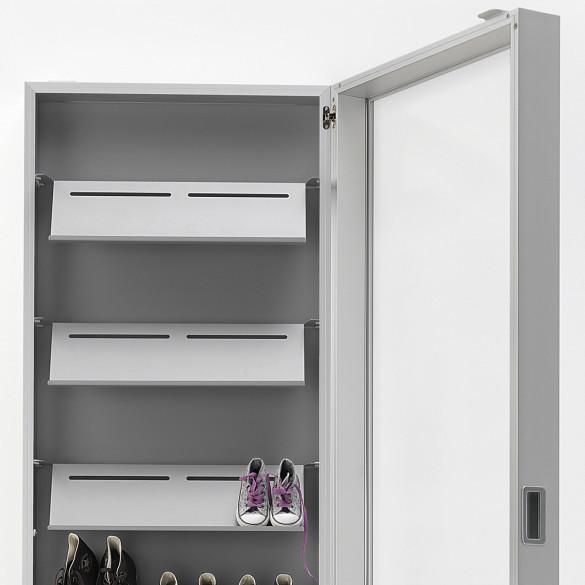 Kristalia foot box schuhschrank spiegel casa de for Schuhschrank aluminium