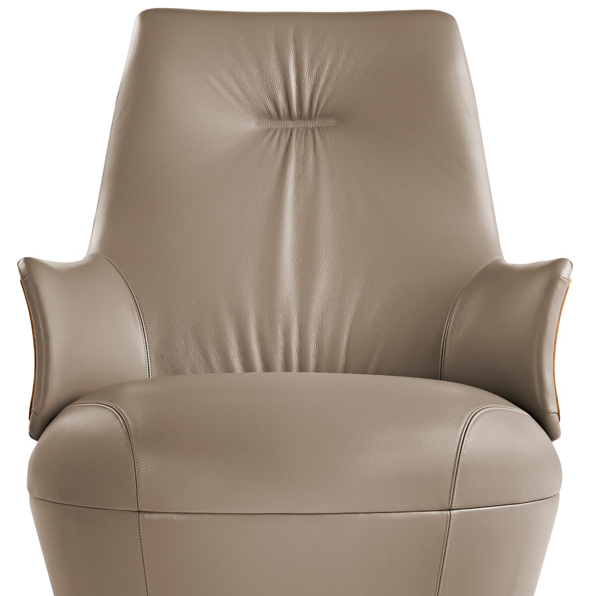 poltrona frau assaya drehbarer sessel casa de. Black Bedroom Furniture Sets. Home Design Ideas