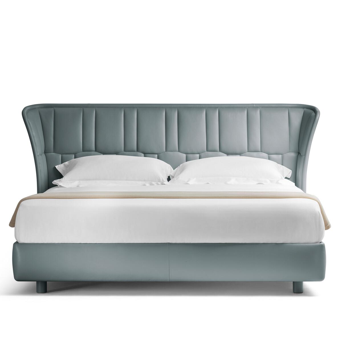 Poltrona Frau LOLA DARLING Bett | CASA.DE